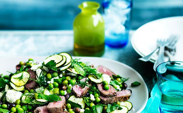 Lamb salad with peas, zucchini and olives