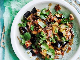 Stir-fried eggplant with sweet tamarind sauce