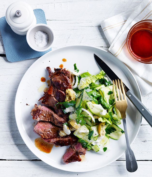 Steak with zucchini and blue cheese salad