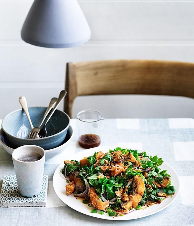 "[Crisp barramundi fillets with roasted chilli, mint and coriander](http://www.gourmettraveller.com.au/recipes/chefs-recipes/crisp-barramundi-fillets-with-roasted-chilli-mint-and-coriander-9257|target=""_blank"")"