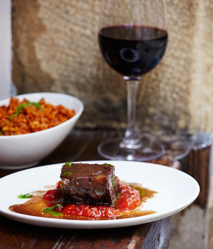 **Borda Berri, veal cheek in red wine with bomba rice**