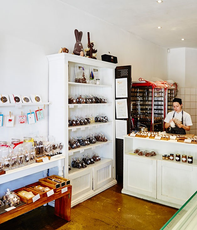 **Kakawa, Darlinghurst** Kakawa chocolatier and pastry chef, Jin Sun Kim and her partner, David Ralph, have brought some of Notting Hill's white-painted English charm to their two Sydney shops.  [http://kakawachocolates.com.au/](http://kakawachocolates.com.au/)