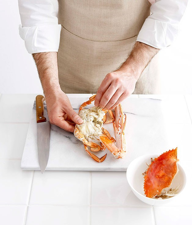 **Boiled Crab with Spiced Salt Dipping Sauce**