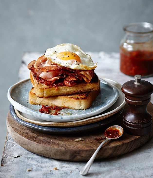 "**[Perfect bacon and egg sandwich](https://www.gourmettraveller.com.au/recipes/fast-recipes/perfect-bacon-and-egg-sandwich-13459|target=""_blank"")**"