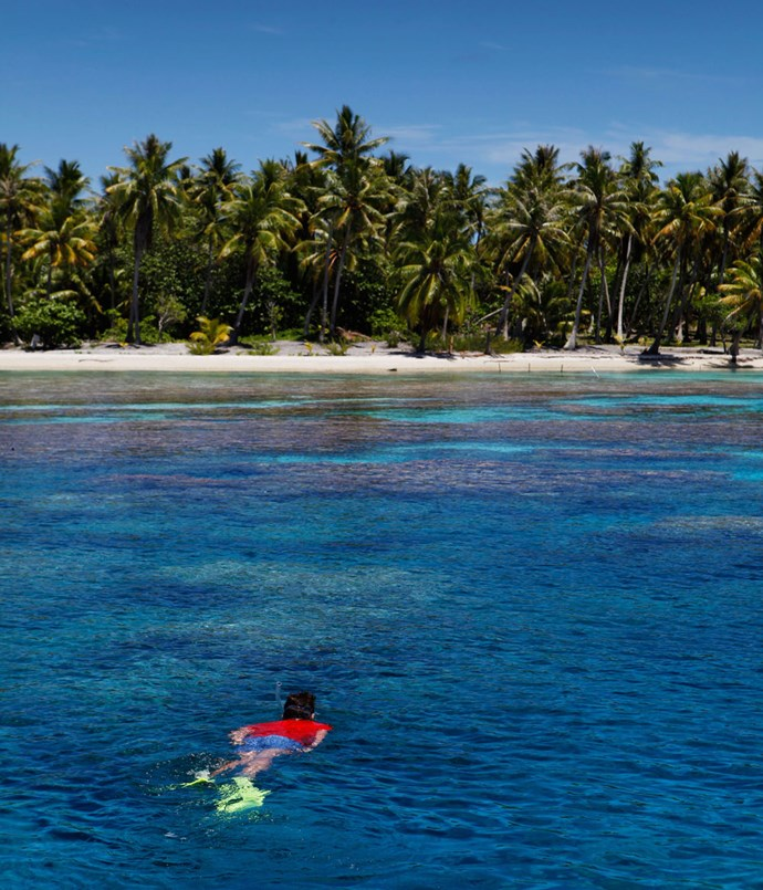 **Snorkelling in Ahe atoll**