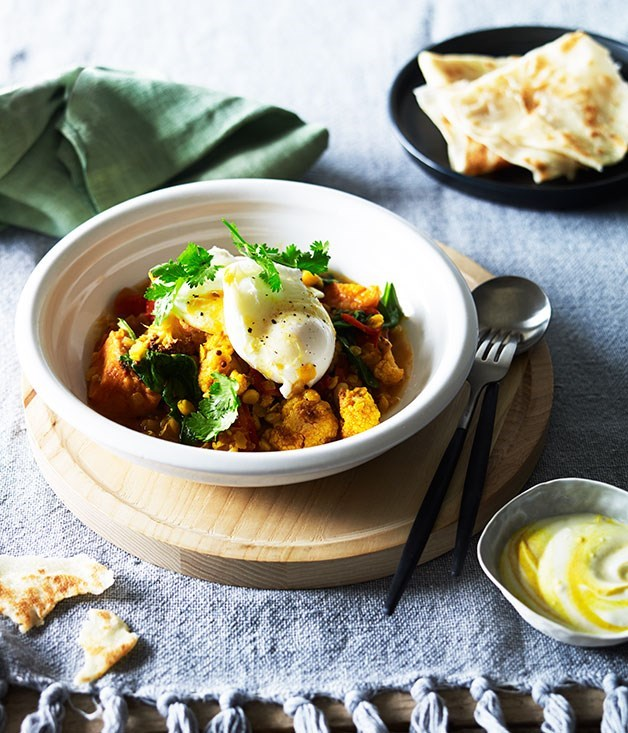 **Breakfast curry with roti and poached egg**