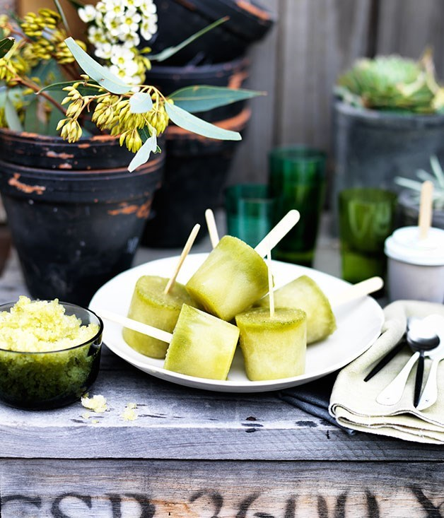 **Pineapple, kombucha and mint ices**