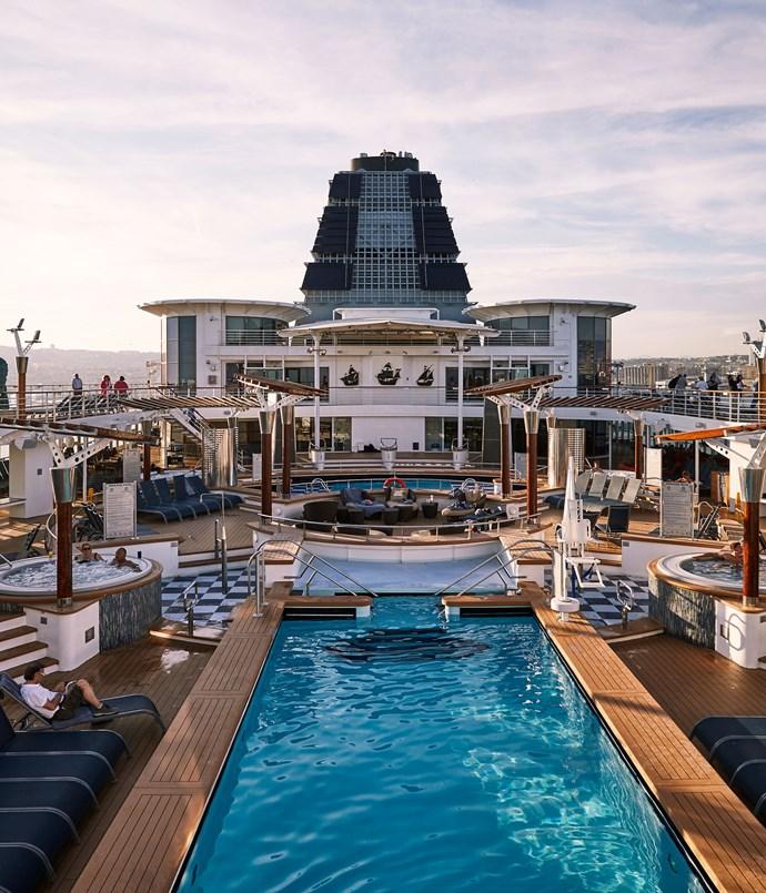 **Pool deck**