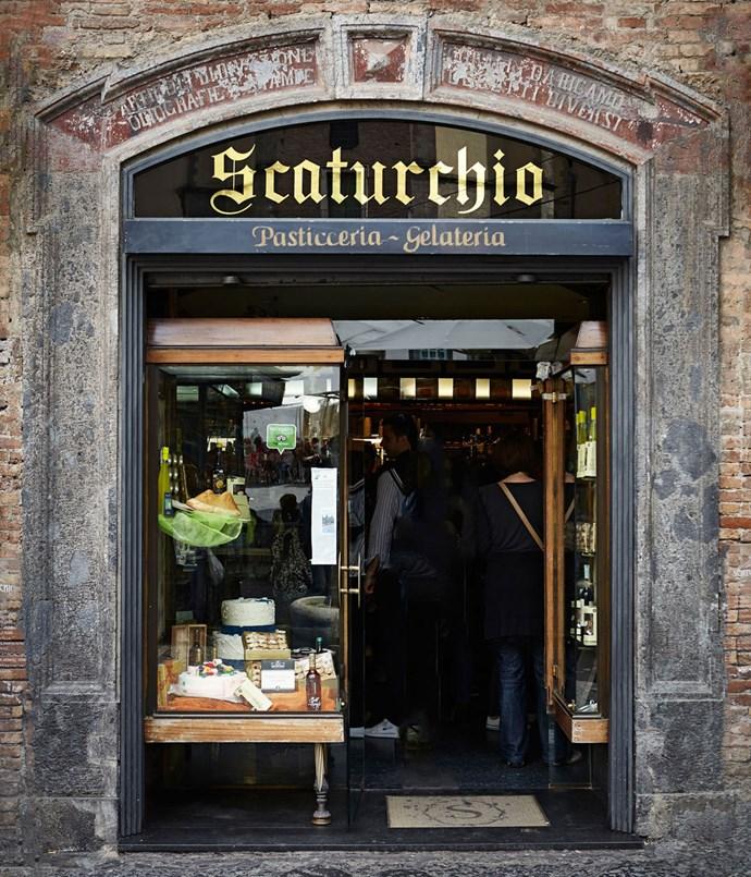 **Scaturchio pasticceria, Naples**