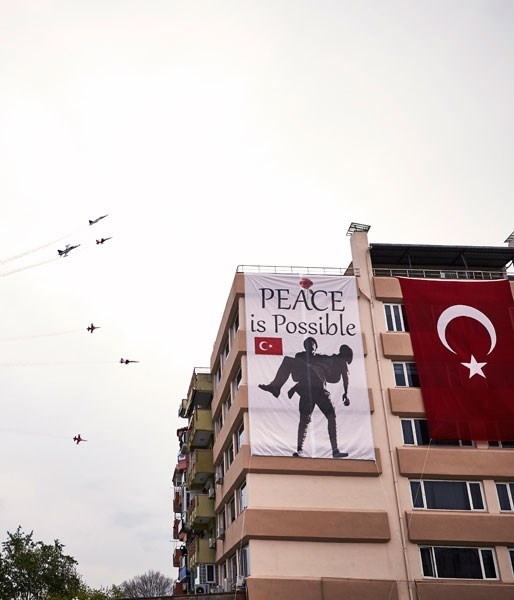 **Turkish fighter jets over Canakkale on Anzac Day**