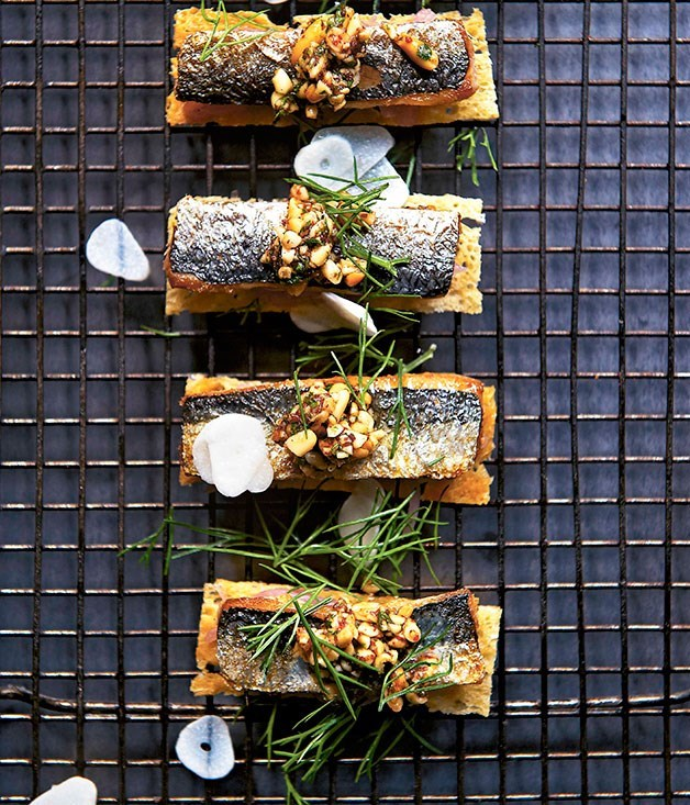 **Sardines on toast with sweet onion and pine nut tarator**