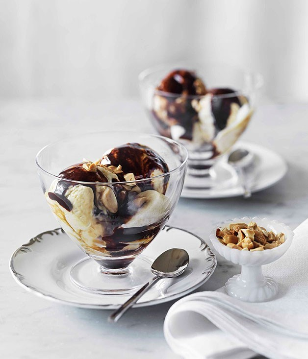 **Salted peanut-caramel ice-cream with hot fudge sauce**