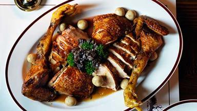 Restaurant Hubert's chicken fricassée