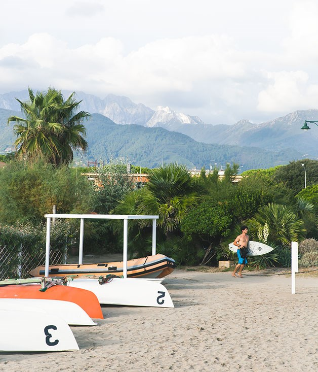 **Apuan Alps** The Apuan Alps seen from Forte dei Marme beach.