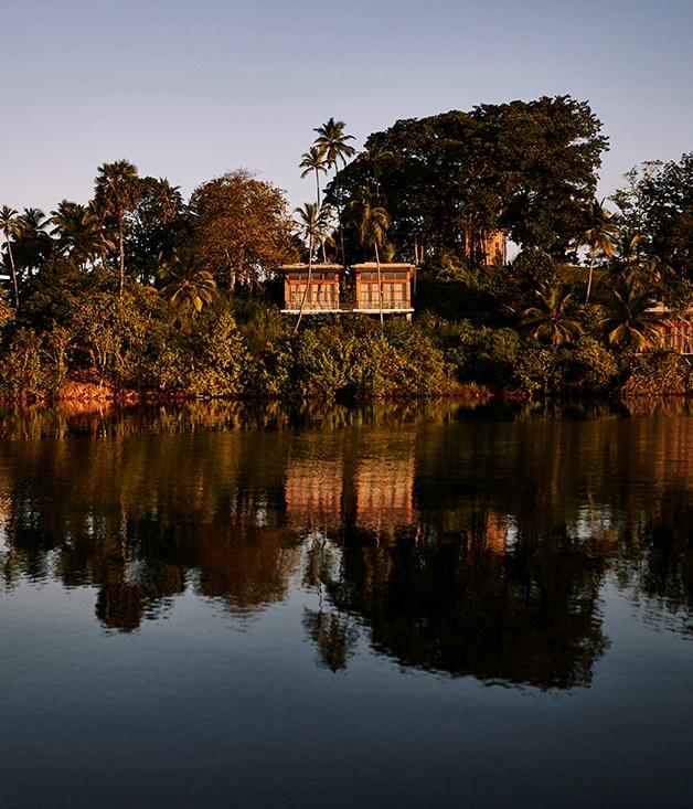 **Tri Lanka** Tri Lanka from Koggala Lake.