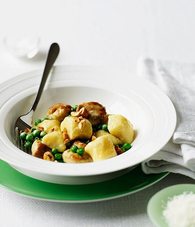 "**[Gnocchi with sweetbreads, peas and hazelnuts](https://www.gourmettraveller.com.au/recipes/browse-all/gnocchi-with-sweetbreads-peas-and-hazelnuts-9631|target=""_blank"")**"