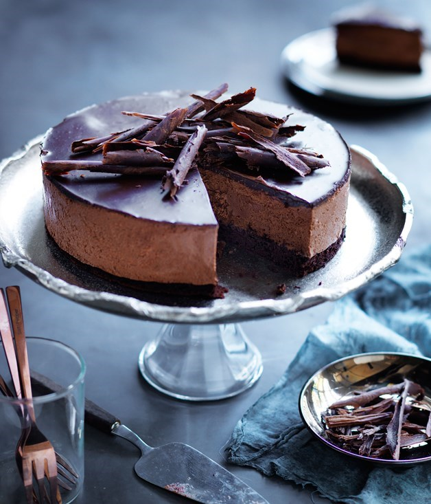 "[**Chocolate mousse cake**](https://www.gourmettraveller.com.au/recipes/browse-all/chocolate-mousse-cake-14231|target=""_blank"") <br><br> Prepare to be happy. This layered chocolate mousse cake has a lovely texture and rich chocolate flavour, yet is simple to make. The beauty of it is that it can also be made ahead and frozen in preparation for a special occasion."