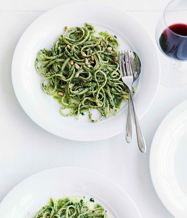 "[**Linguine con pesto matto**](https://www.gourmettraveller.com.au/recipes/fast-recipes/linguine-con-pesto-matto-13077|target=""_blank"")"