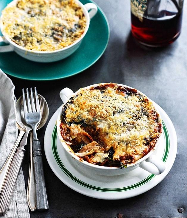 **Lasagne con coniglio e funghi porcini (rabbit and porcini mushroom lasagne)**