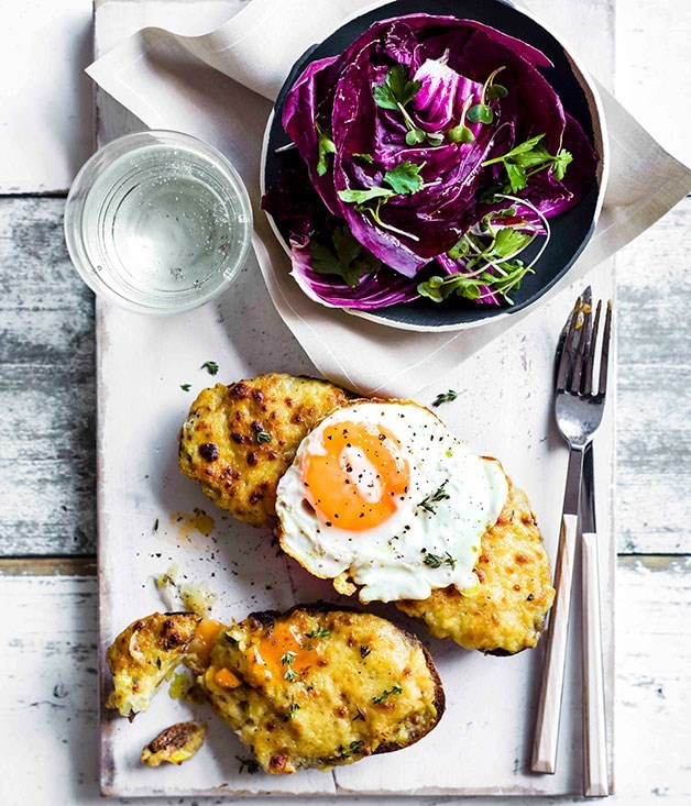 "[**Buck rarebit with cider-braised leeks**](https://www.gourmettraveller.com.au/recipes/browse-all/buck-rarebit-with-cider-braised-leeks-11301|target=""_blank"")"