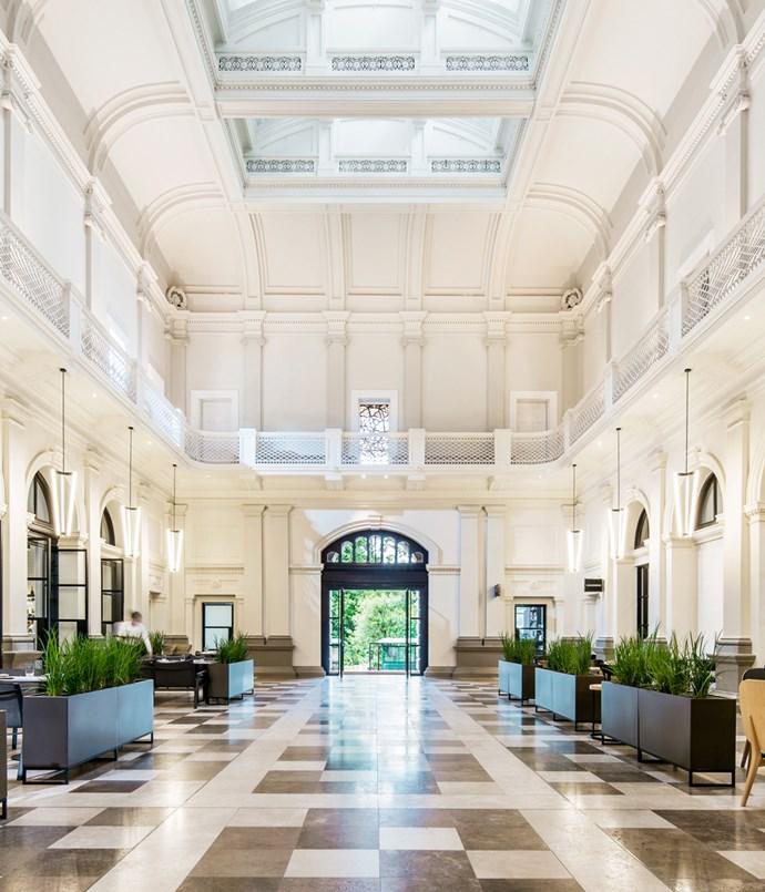 **COMO THE TREASURY, WA** _Como The Treasury, 1 Cathedral Avenue, Perth, WA,[comohotels.com/thetreasury](http://www.comohotels.com/thetreasury/)_