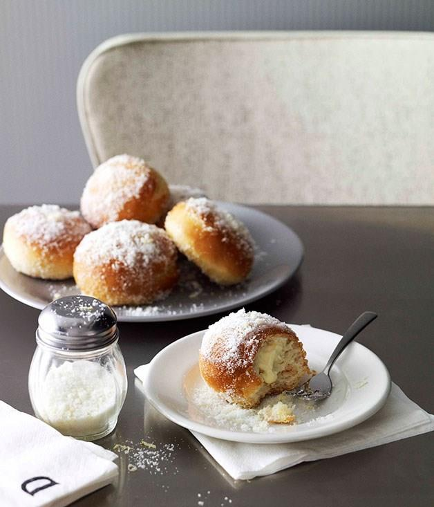 "[**Baked lemon ricotta doughnuts**](https://www.gourmettraveller.com.au/recipes/browse-all/baked-lemon-ricotta-doughnuts-10786|target=""_blank"")"