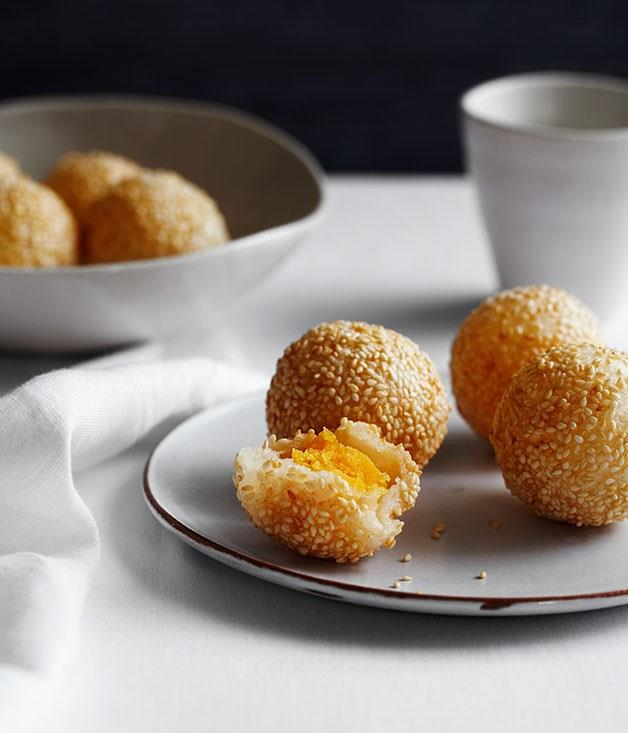 "[**Sesame doughnuts with custard (Jin deiu)**](https://www.gourmettraveller.com.au/recipes/chefs-recipes/sesame-doughnuts-with-custard-jin-deui-8112|target=""_blank"")"