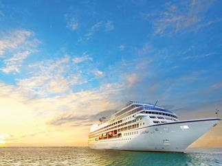 Australian cruising numbers hit record high