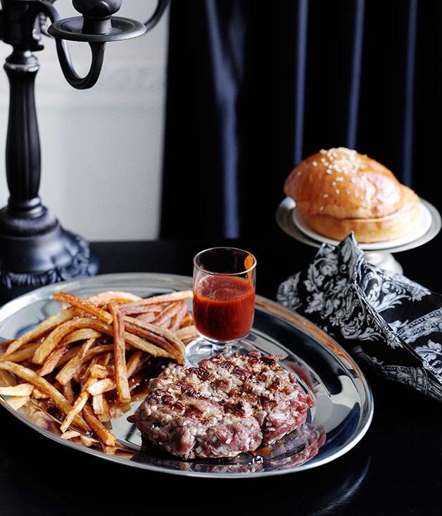 "[**Chianina burger with chianti ketchup**](https://www.gourmettraveller.com.au/recipes/chefs-recipes/chianina-burger-with-chianti-ketchup-7604|target=""_blank"")"