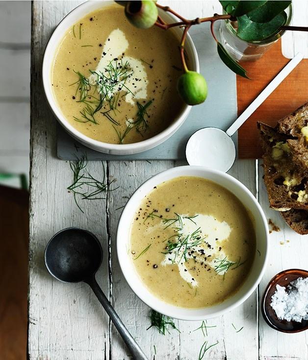 **Cream of fennel and potato soup**