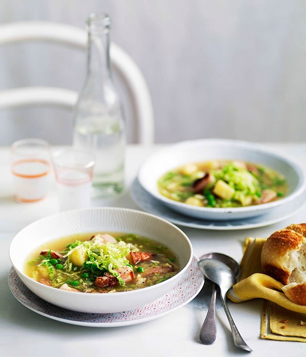 **Speck, cabbage and pea soup**