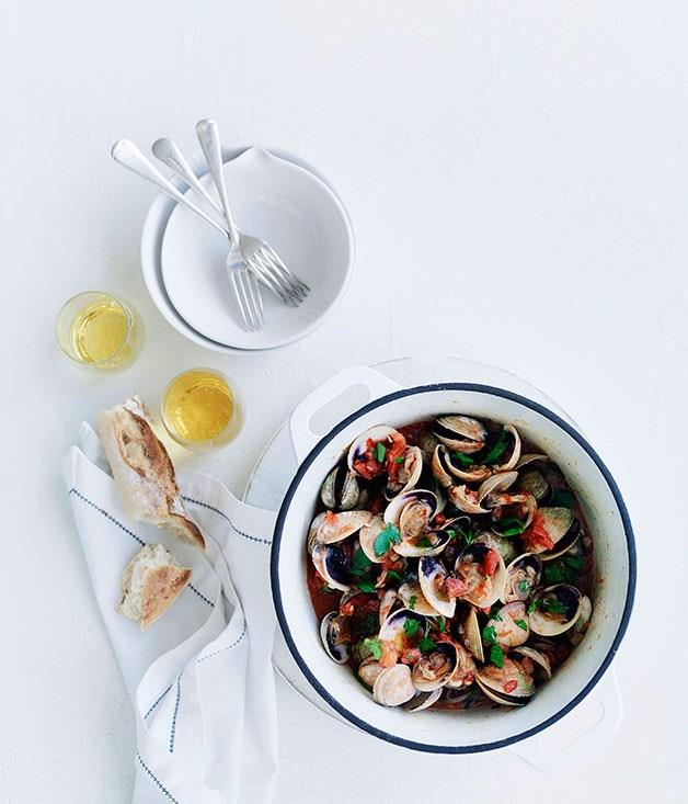"""[**Clams with cider and chorizo**](https://www.gourmettraveller.com.au/recipes/fast-recipes/clams-with-cider-and-chorizo-13081