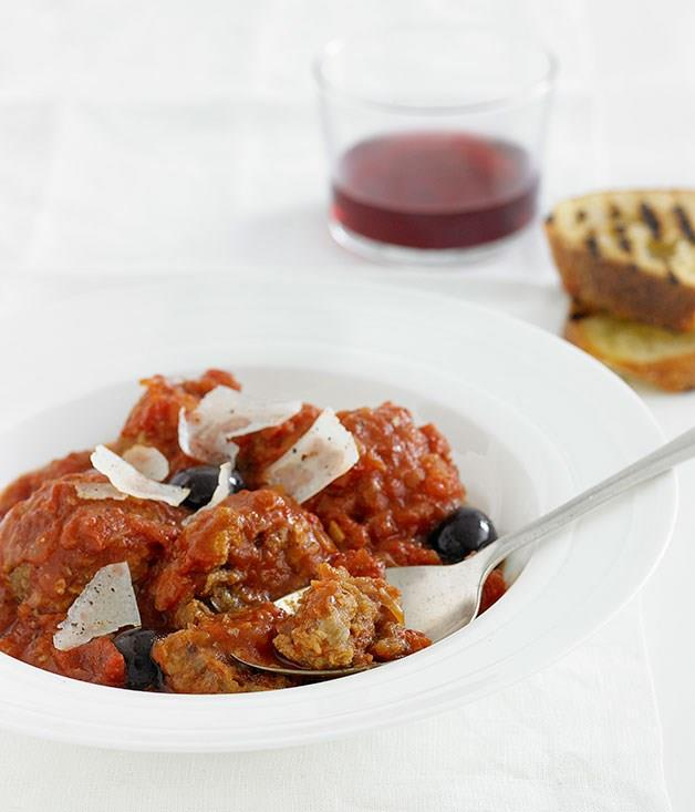 """[**Meatballs with tomato and manzanilla olive sauce**](https://www.gourmettraveller.com.au/recipes/fast-recipes/meatballs-with-tomato-and-manzanilla-olive-sauce-12979