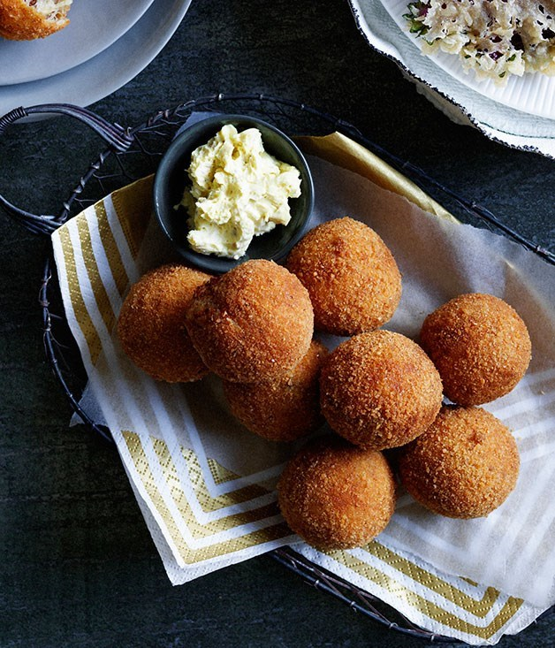 **Crisp ham and cheese balls with mustard crème fraîche**