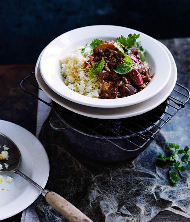 "**[Persian lamb with rhubarb and chelow](https://www.gourmettraveller.com.au/recipes/browse-all/persian-lamb-with-rhubarb-and-chelow-11025|target=""_blank"")**"