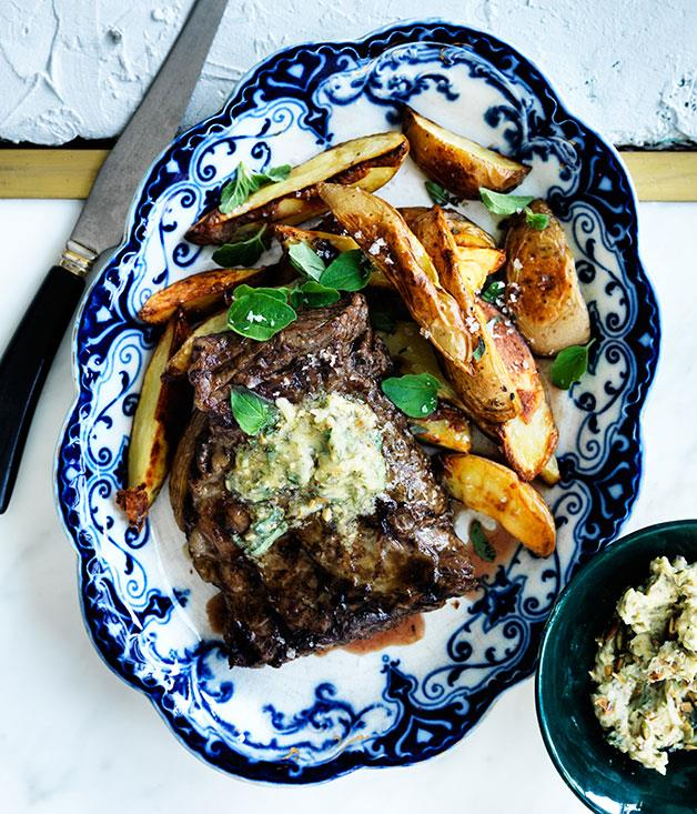 """[**Skirt steak with pepita-lime butter and roasted potatoes**](http://www.gourmettraveller.com.au/recipes/fast-recipes/skirt-steak-with-pepita-lime-butter-and-roasted-potatoes-13737