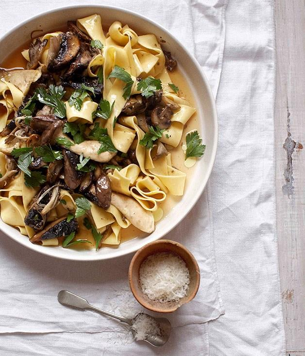 "**[Pappardelle with mushroom ragù (pappardelle con misto di funghi)](https://www.gourmettraveller.com.au/recipes/fast-recipes/pappardelle-with-mushroom-ragu-pappardelle-con-misto-di-funghi-13109|target=""_blank"")**"