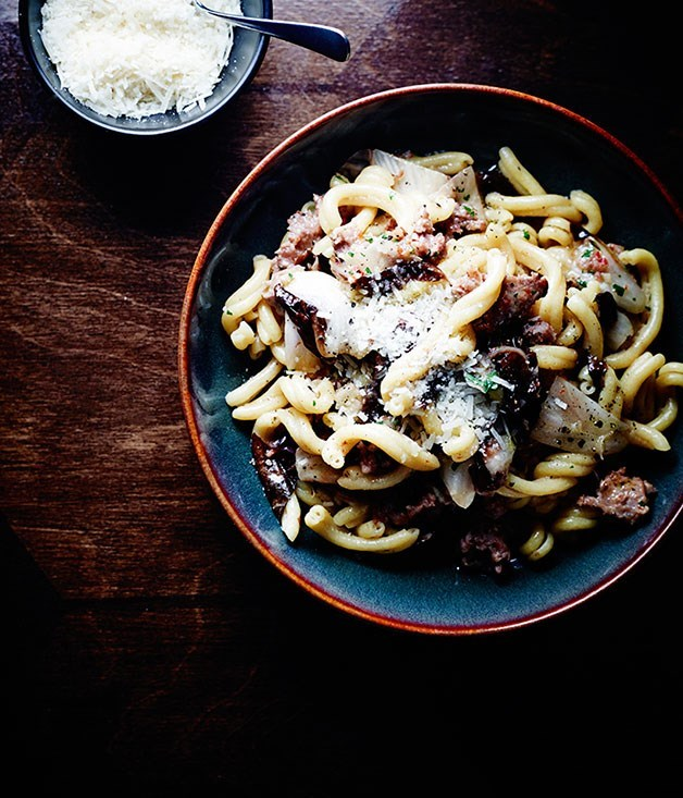 "**[Tipo 00's casarecce with pork and fennel sausage ragù](https://www.gourmettraveller.com.au/recipes/chefs-recipes/casarecce-with-pork-and-fennel-sausage-ragu-8410|target=""_blank"")**"