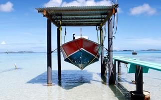 Cruise through French Polynesia