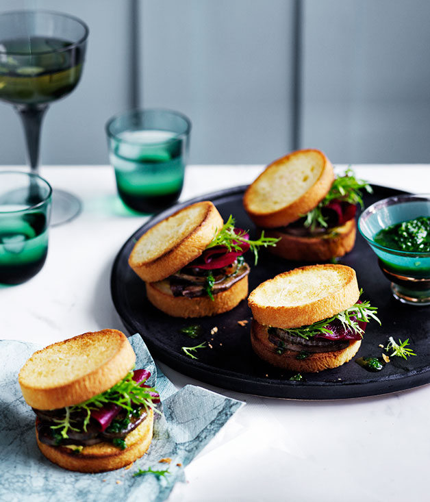 **Grilled tongue sandwiches with charred onion and pickled beetroot**