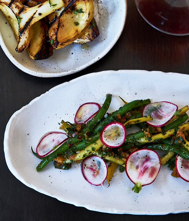 Green beans and radishes