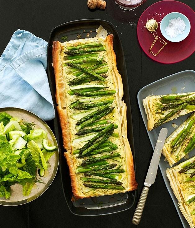 """[**Asparagus, dill and onion tart**](https://www.gourmettraveller.com.au/recipes/browse-all/asparagus-dill-and-onion-tart-10632
