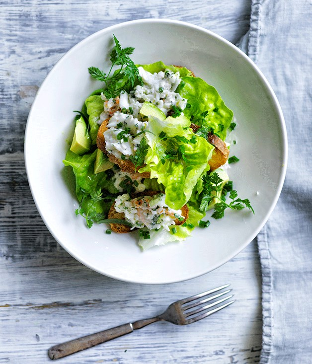 """[Crab salad with herb mayonnaise and garlic chapons](http://www.gourmettraveller.com.au/recipes/browse-all/crab-salad-with-herb-mayonnaise-and-garlic-chapons-12619