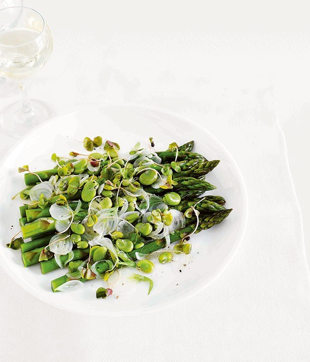 **Warm salad of asparagus and broad beans with a spring onion vinaigrette**