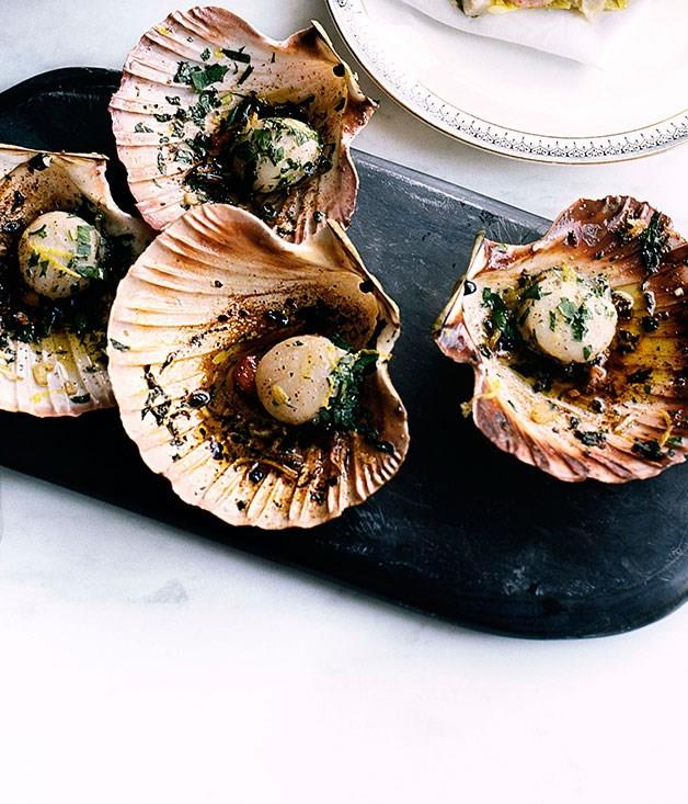"[**Pan-fried scallops with garlic, parsley and lemon**](https://www.gourmettraveller.com.au/recipes/browse-all/pan-fried-scallops-with-garlic-parsley-and-lemon-10155|target=""_blank"")"