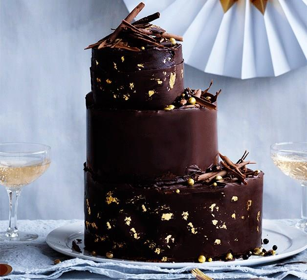 Hazelnut-chocolate cake