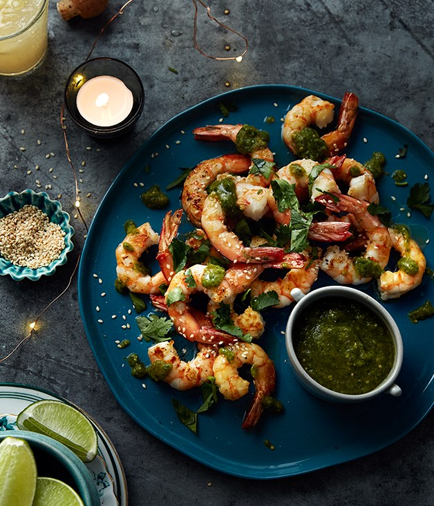 King prawns with green salsa