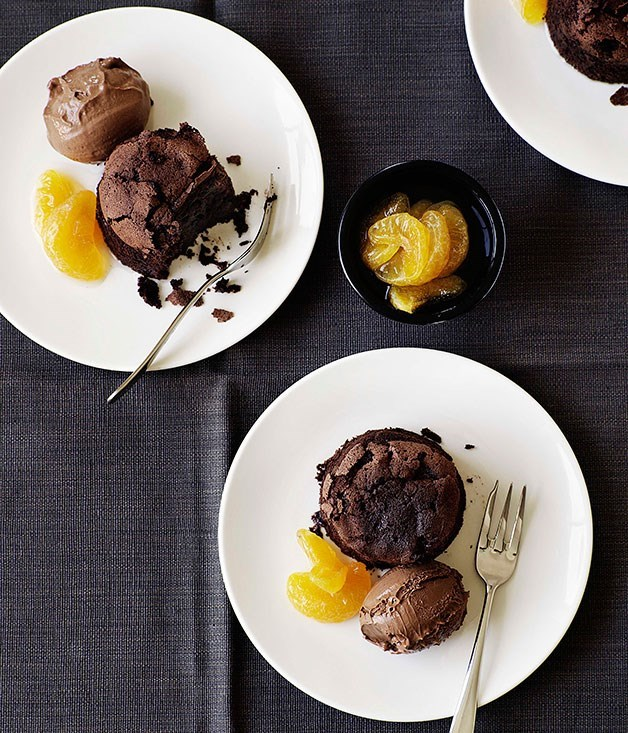 "[**Chocolate mud cakes with chocolate and mandarin ice-cream**](https://www.gourmettraveller.com.au/recipes/browse-all/chocolate-mud-cakes-with-chocolate-and-mandarin-ice-cream-9608|target=""_blank"")"