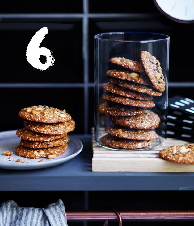 **Salted peanut and sesame biscuits**