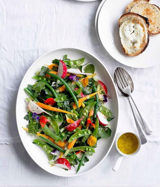 """**[Grilled goat's cheese with garden salad](https://www.gourmettraveller.com.au/recipes/fast-recipes/grilled-goats-cheese-with-garden-salad-13069